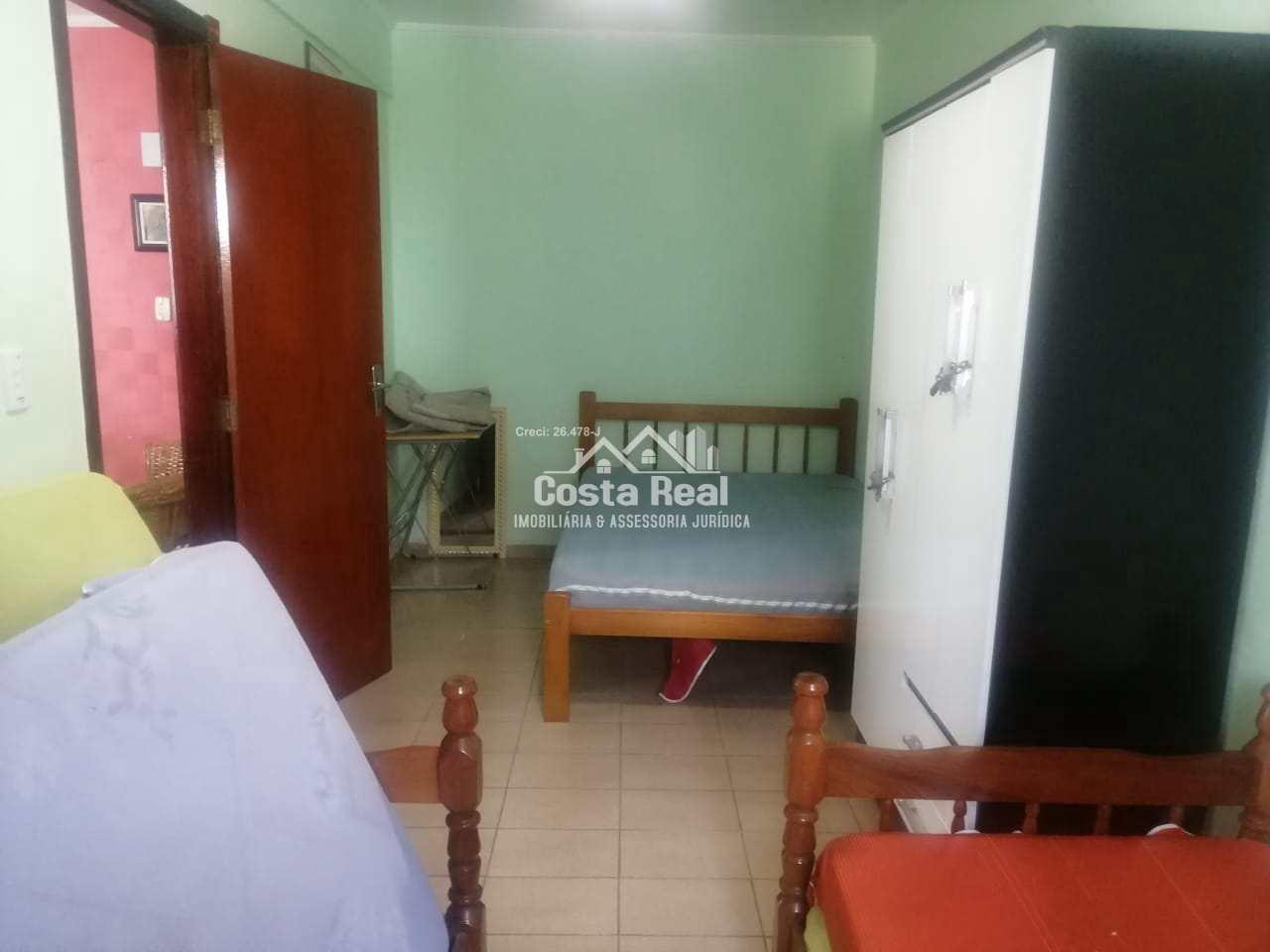 Imperdível, Lindo apto 01 dormitório 2 quadras da Praia!