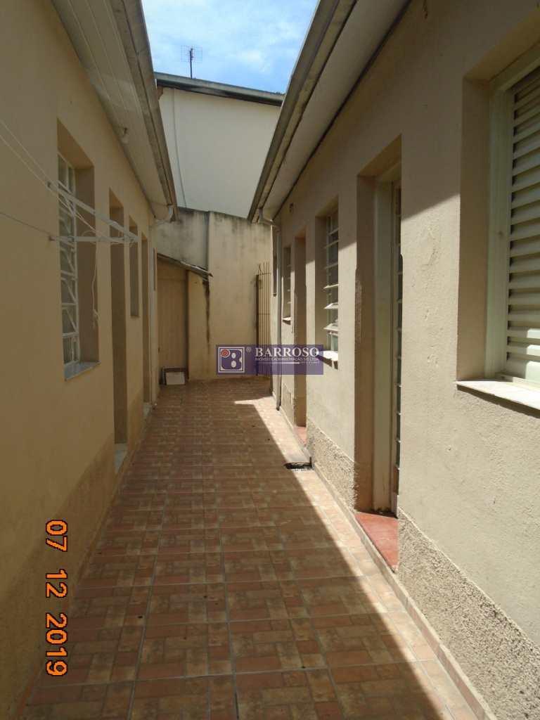 Casa em Serra Negra bairro Centro