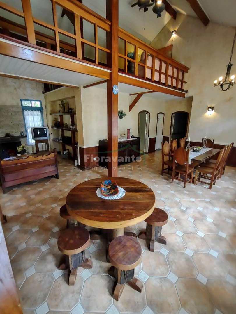 Casa em Condomínio Fechado, 4 dorm, Greenfield Village, Ibiúna.