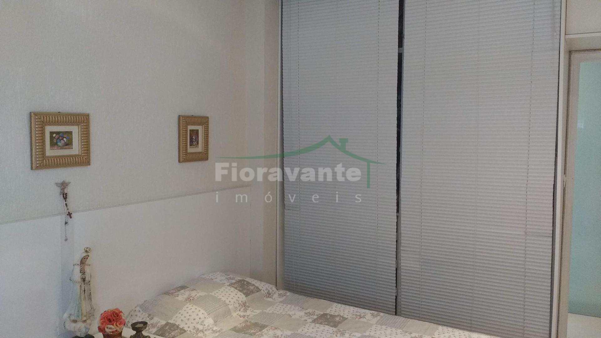 Apartamento com 2 dorms, Boqueirão, Santos. Na avenida da praia