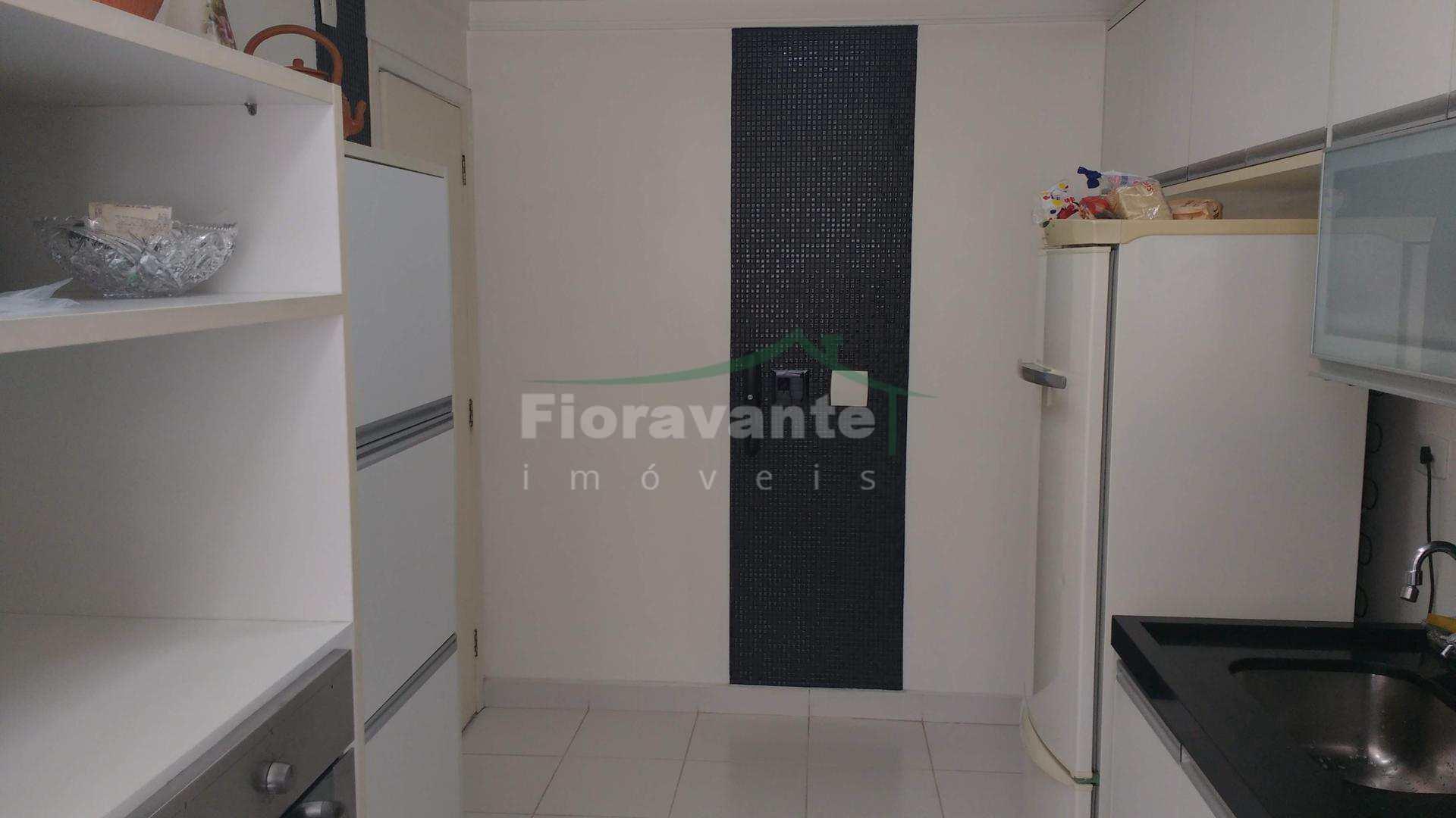 Apartamento com 4 dorm, Boqueirão, Santos. A 2 quadras da praia