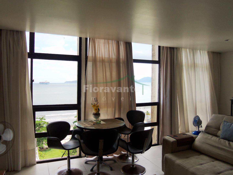 Apartamento com 3 dorms, 1 suíte. Frente mar vista maravilhosa