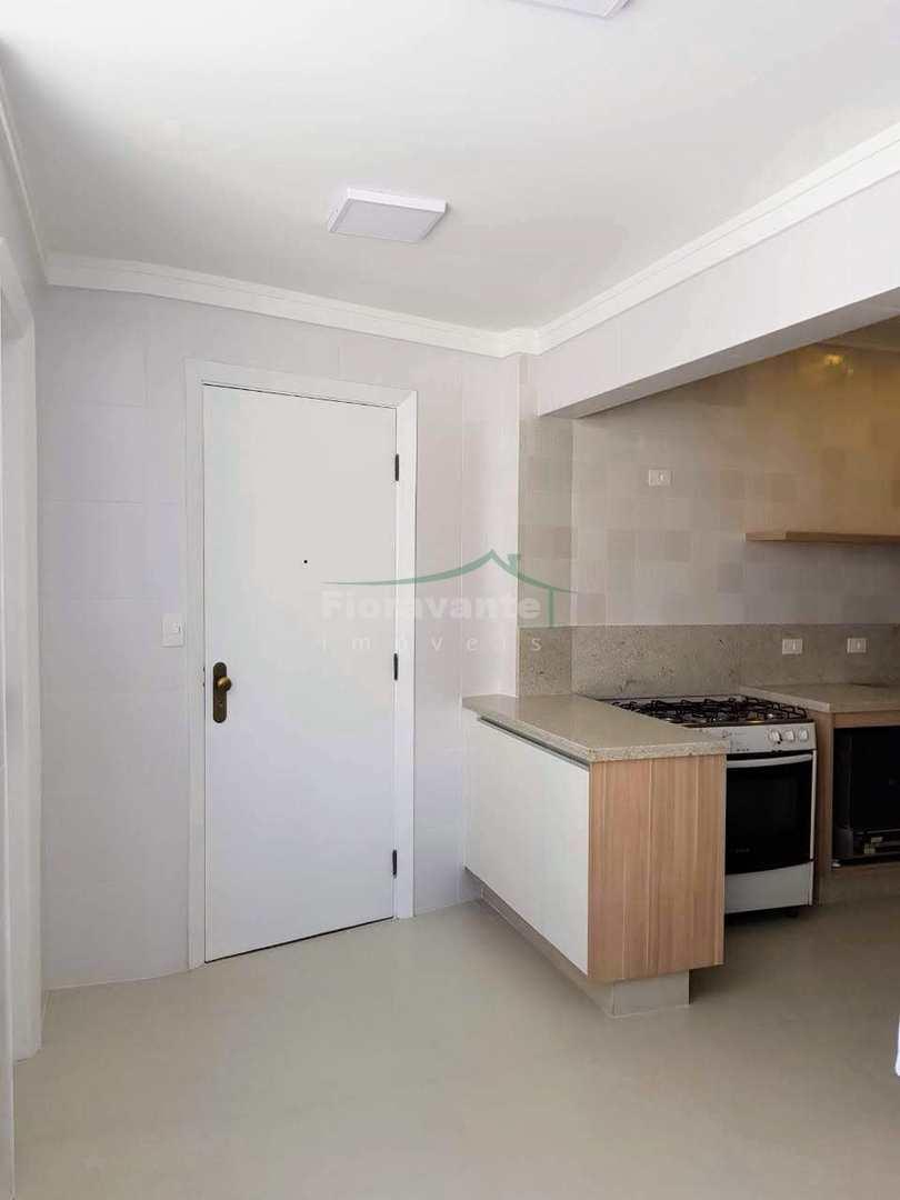 Apartamento com 3 dorms, Boqueirão, Santos. Pronto para morar.