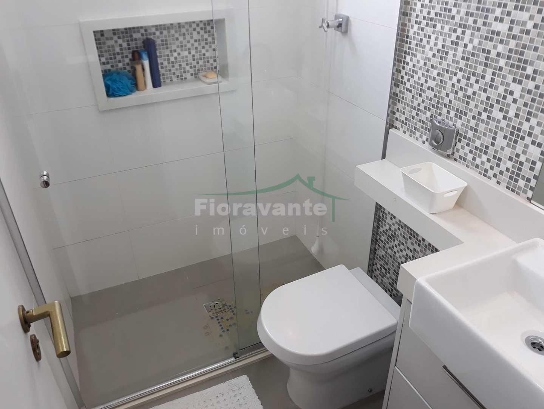 Cobertura com 3 dorms (1 suíte), vista livre, Boqueirão, Santos