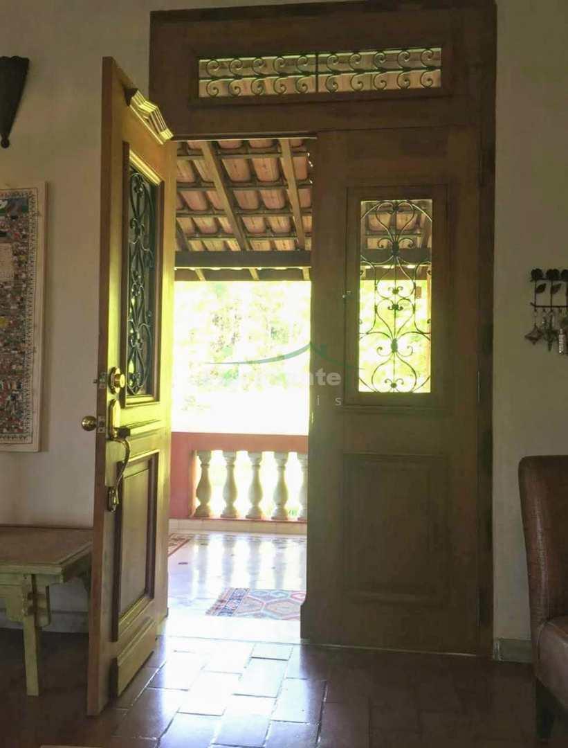 Casa do Lago em Serra Negra. Refúgio 5 estrelas na montanha.
