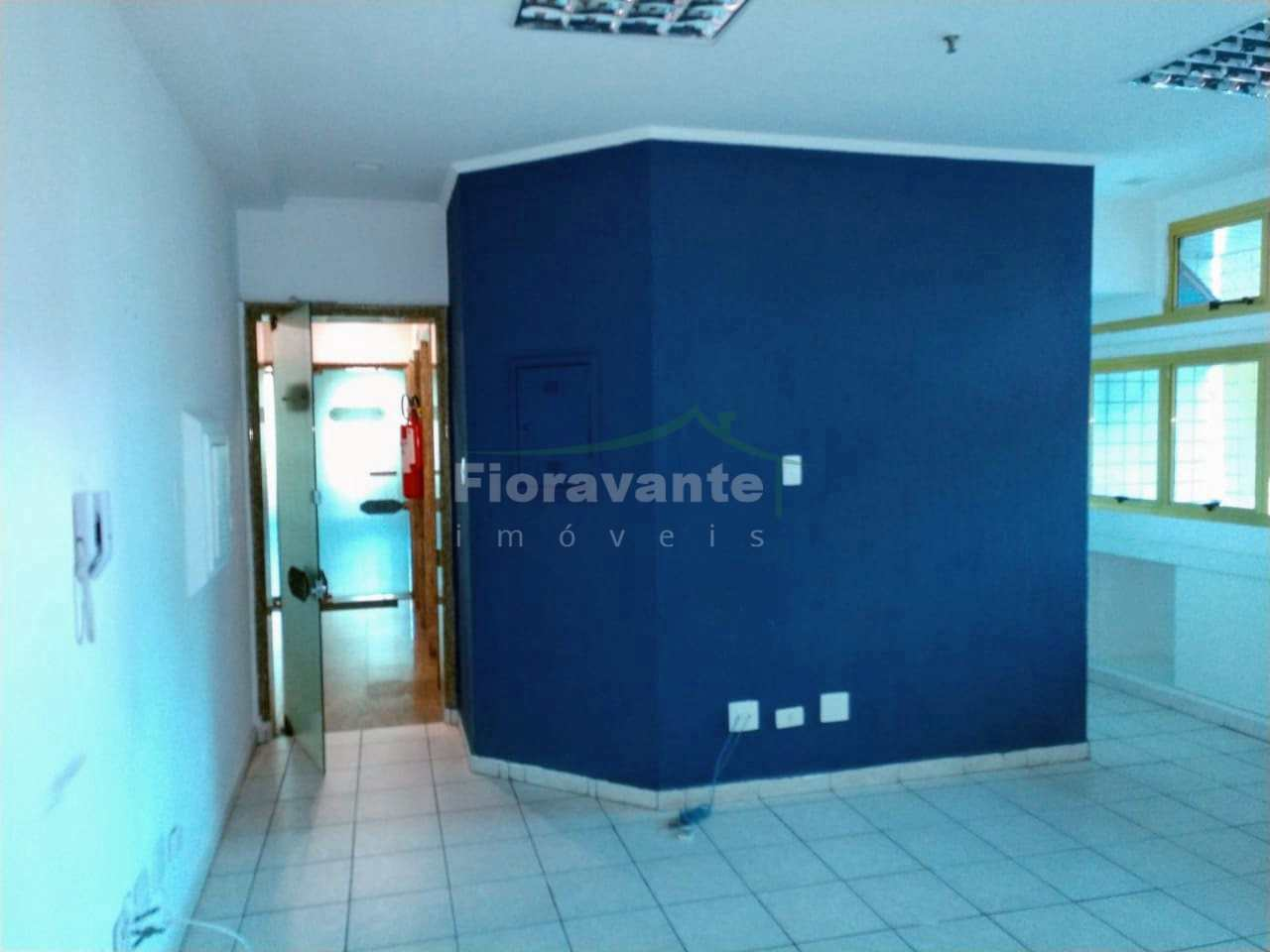 Sala comercial, Gonzaga, Santos. Na Azevedo Sodré c/ Ana Costa