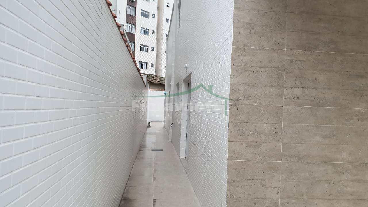 CASA EM SANTOS, APARECIDA - NOVINHA COM LINDA ÁREA DE CHURRASCO