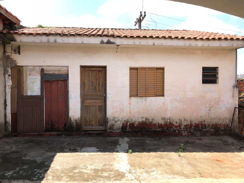 Casa com 4 dorms, Vila Santa Adelia, Tatuí - R$ 1.2 mi, Cod: 123
