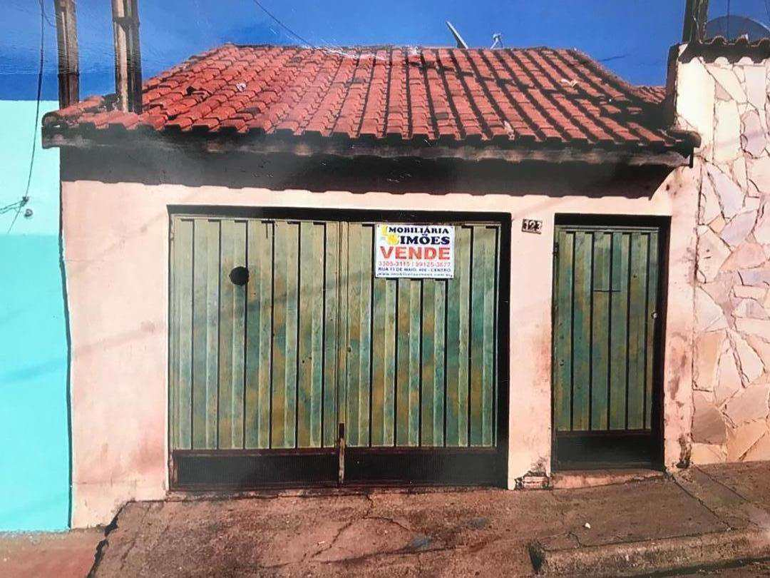 Casa com 2 dorms, Vila Bandeirantes, Tatuí - R$ 180 mil, Cod: 135