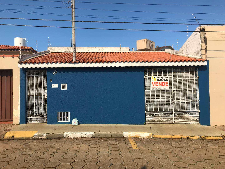 Casa com 2 dorms, Centro, Tatuí - R$ 350 mil, Cod: 143