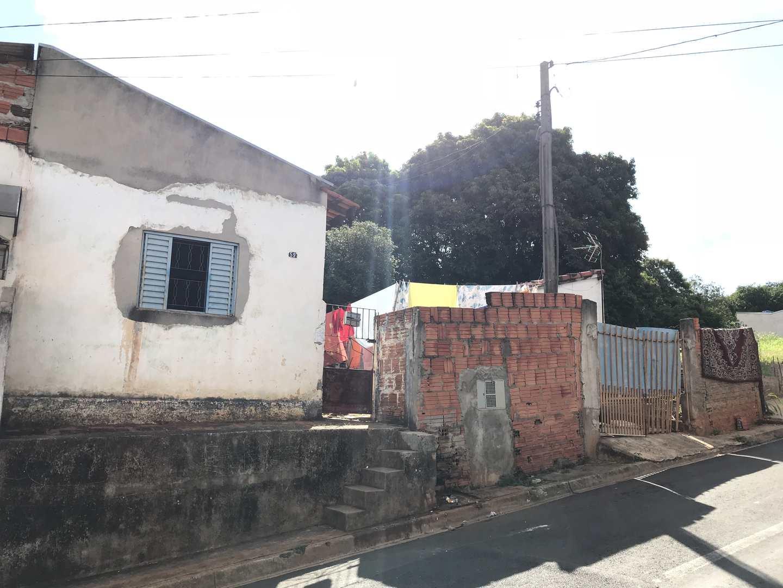 Casa com 2 dorms, Vila Santa Adelia, Tatuí - R$ 180 mil, Cod: 247