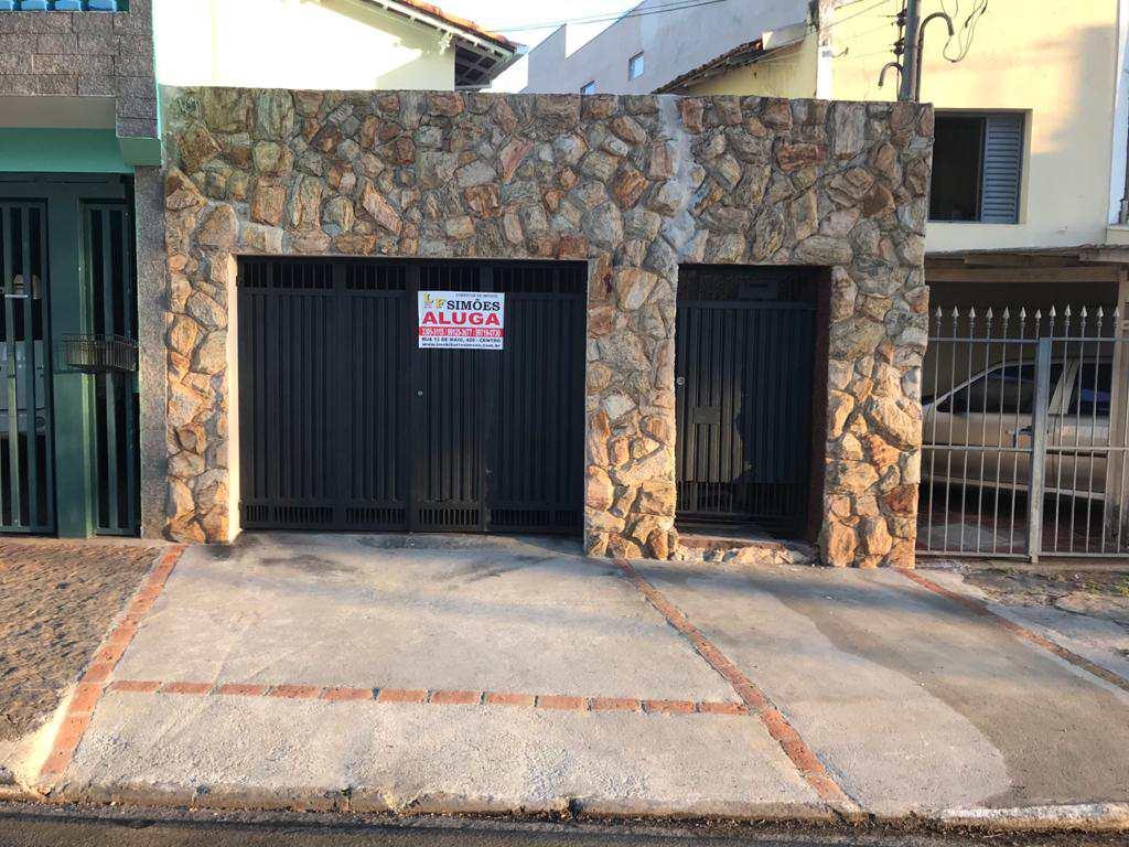 Casa com 2 dorms, Centro, Tatuí, Cod: 275