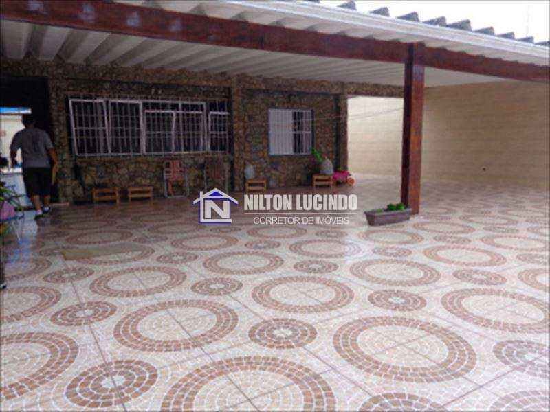 Casa com 3 dorms, Caiçara, Praia Grande - R$ 650 mil, Cod: 642