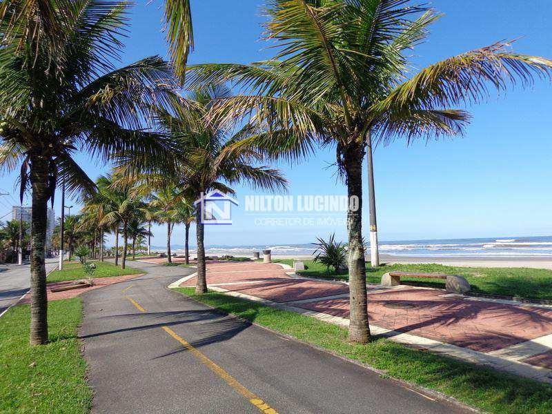 Sobrado em Praia Grande bairro Flórida