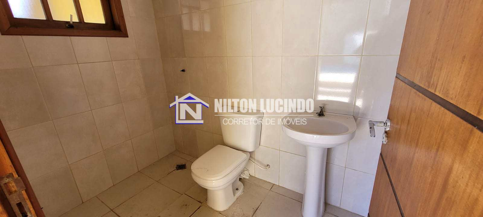 Casa com 3 dorms, Maracanã, Praia Grande - R$ 850 mil, Cod: 44