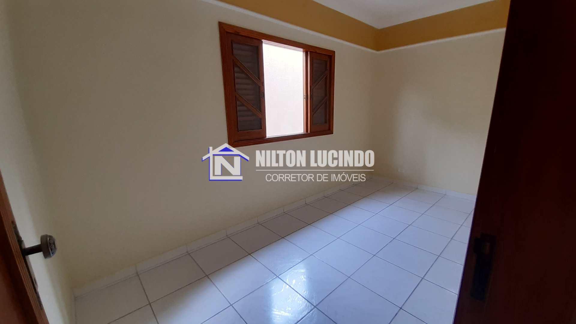 Casa com 3 dorms, Caiçara, Praia Grande - R$ 370 mil, Cod: 10001