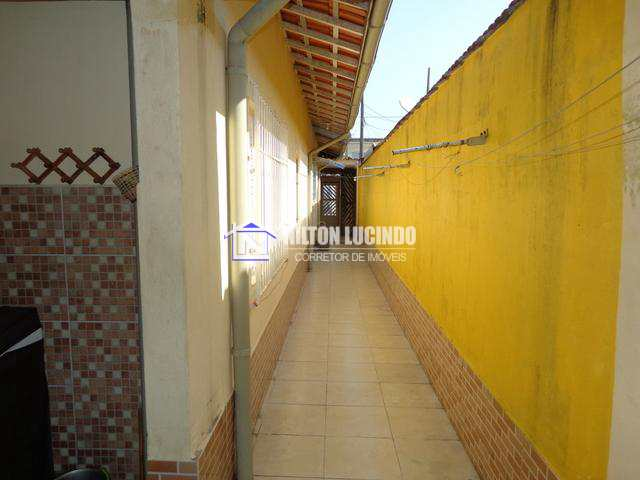 Casa com 2 dorms, Maracanã, Praia Grande - R$ 250 mil, Cod: 10063