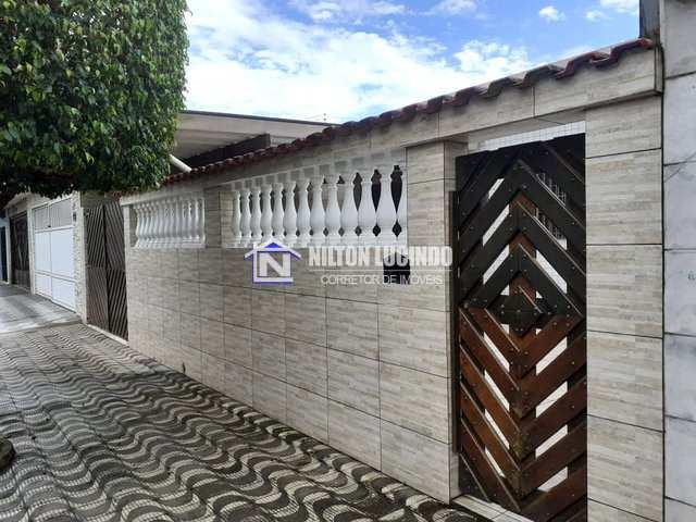 Casa com 2 dorms, Maracanã, Praia Grande - R$ 250 mil, Cod: 10143