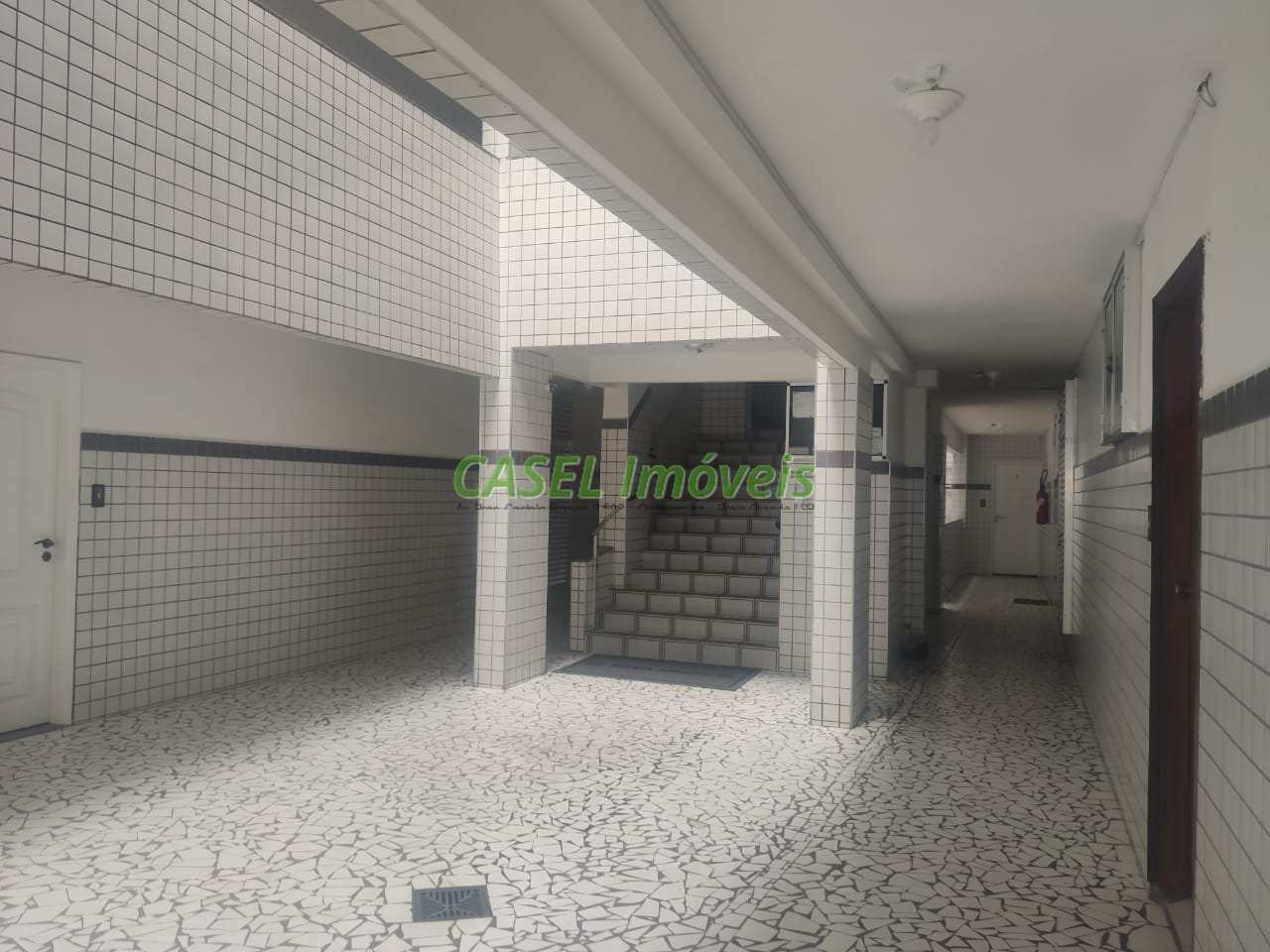 Apartamento com 2 dorms, Guilhermina, Praia Grande - R$ 220 mil, Cod: 804192