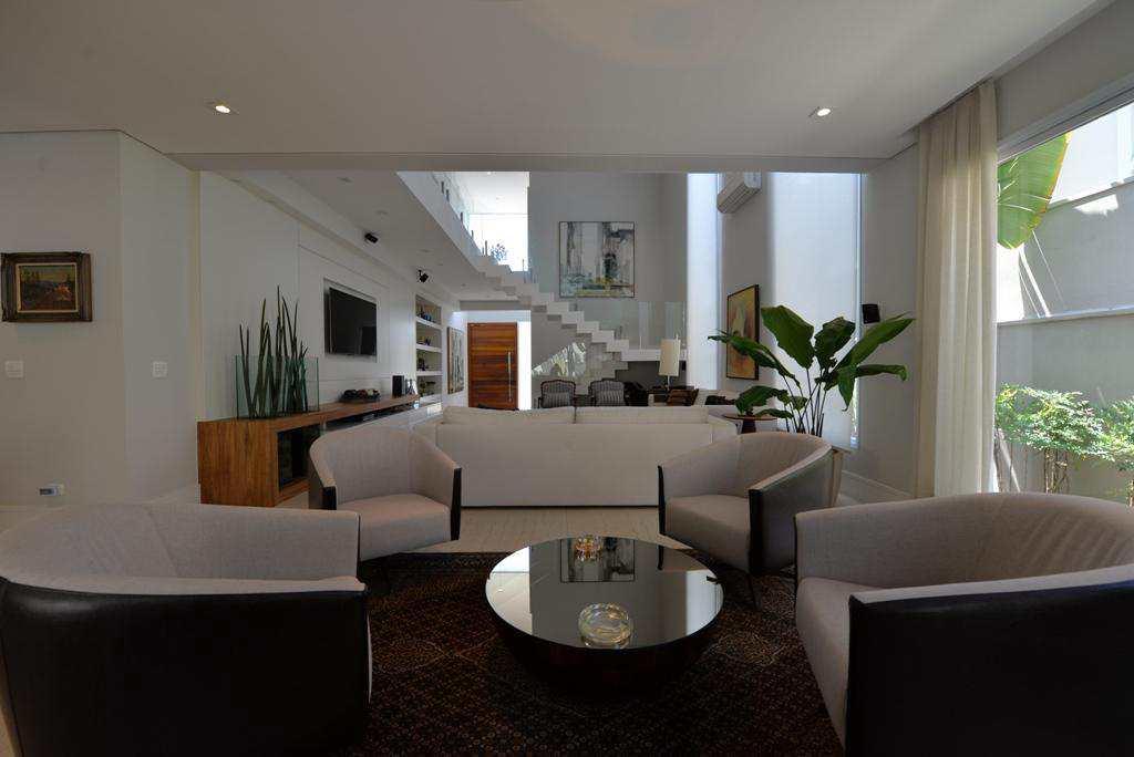 Casa de Condomínio Alphaville, moderna com 4 suítes