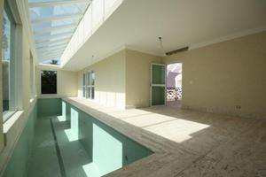 Vista da piscina interna