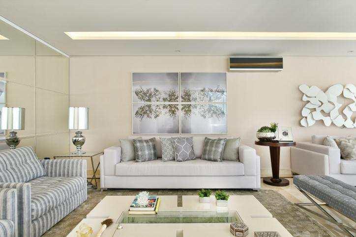 Casa de Condomínio com 4 suítes, alto padrão em Alphaville