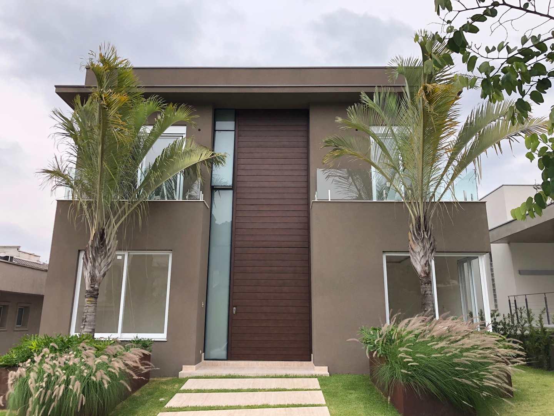 Casa de Condomínio Tamboré nova e moderna, 4 suítes