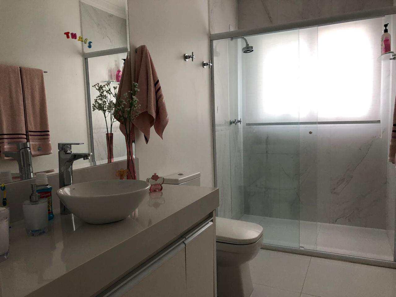 Casa de Condomínio com 4 dorms, Alphaville, Santana de Parnaíba - R$ 2 mi, Cod: 997