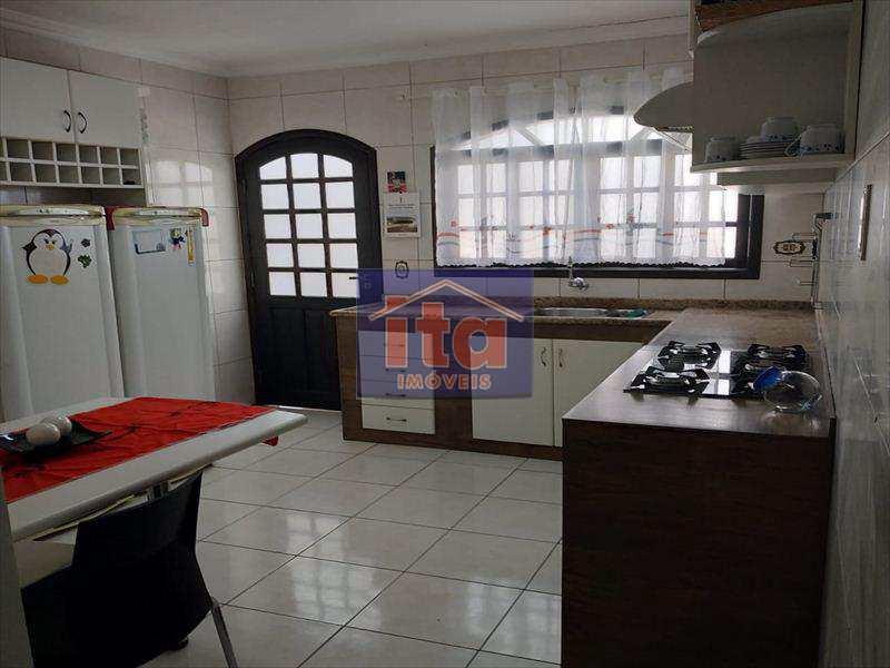 Sobrado com 3 dorms, Jardim Itacolomi, São Paulo - R$ 500 mil, Cod: 271701