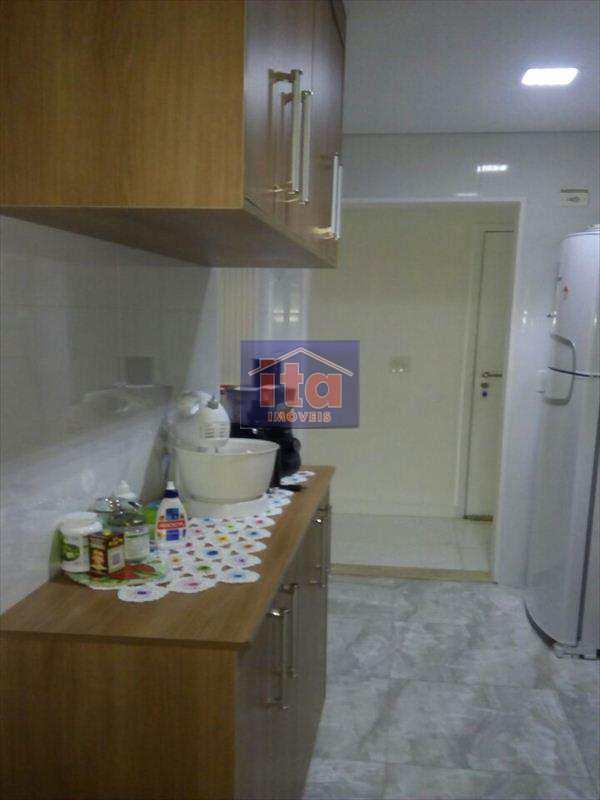 Apartamento com 3 dorms, Vila Caraguatá, São Paulo - R$ 380 mil, Cod: 251401