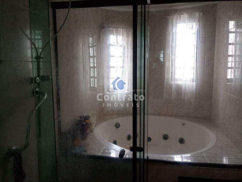 Casa com 4 dorms, Vila Cascatinha, São Vicente - R$ 1 mi, Cod: 763