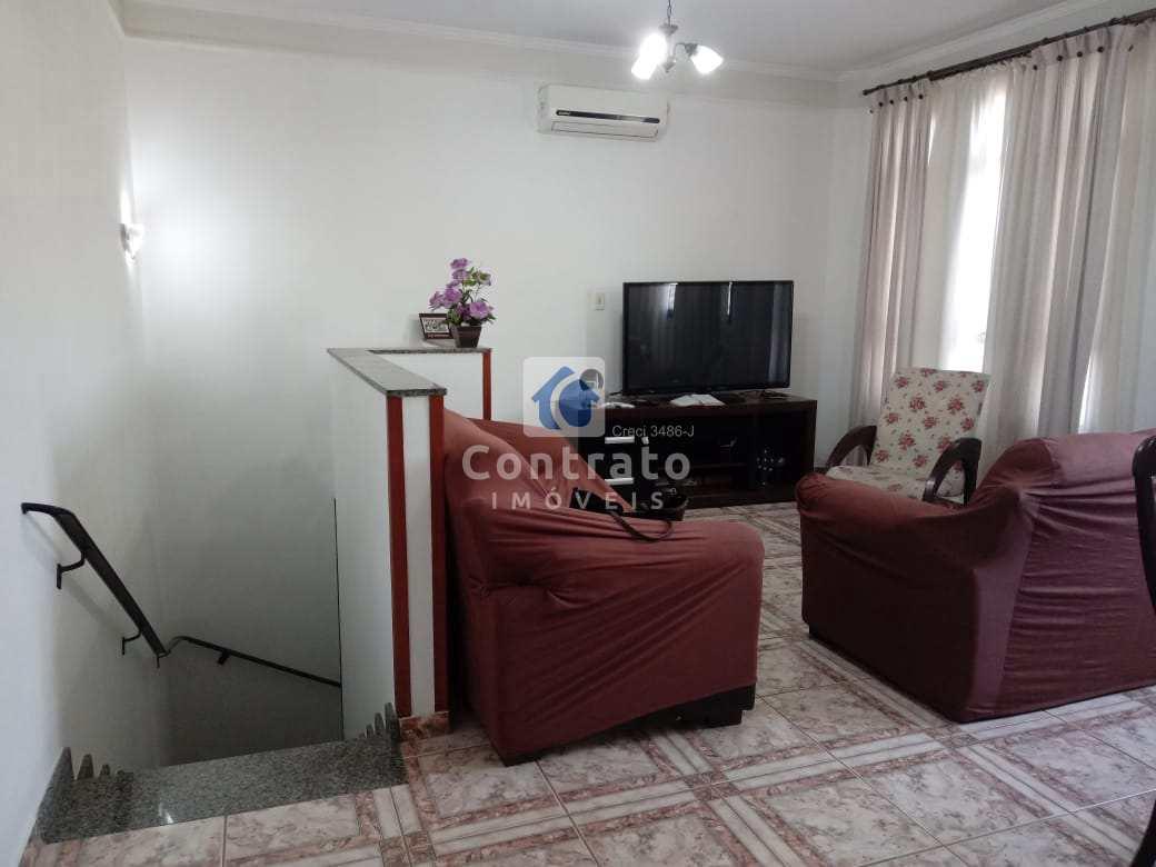 Casa com 3 dorms, Jardim Guassu, São Vicente - R$ 370 mil, Cod: 869