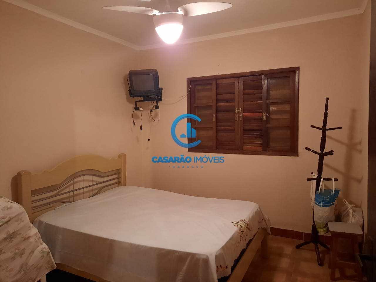 Casa com 2 dorms, Martim de Sá, Caraguatatuba - R$ 320 mil, Cod: 1283