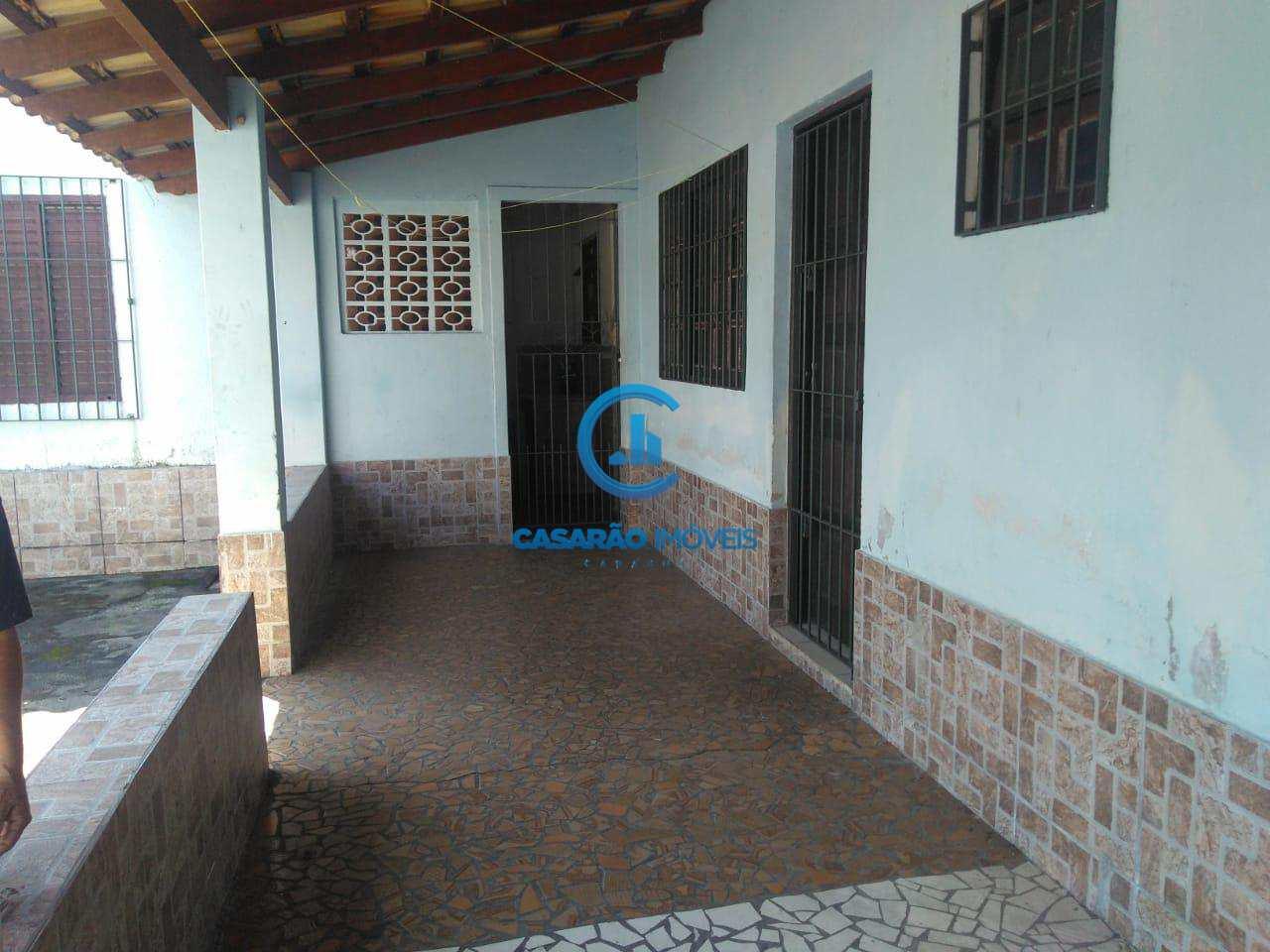 Casa com 2 dorms, Indaiá, Caraguatatuba - R$ 250 mil, Cod: 9044