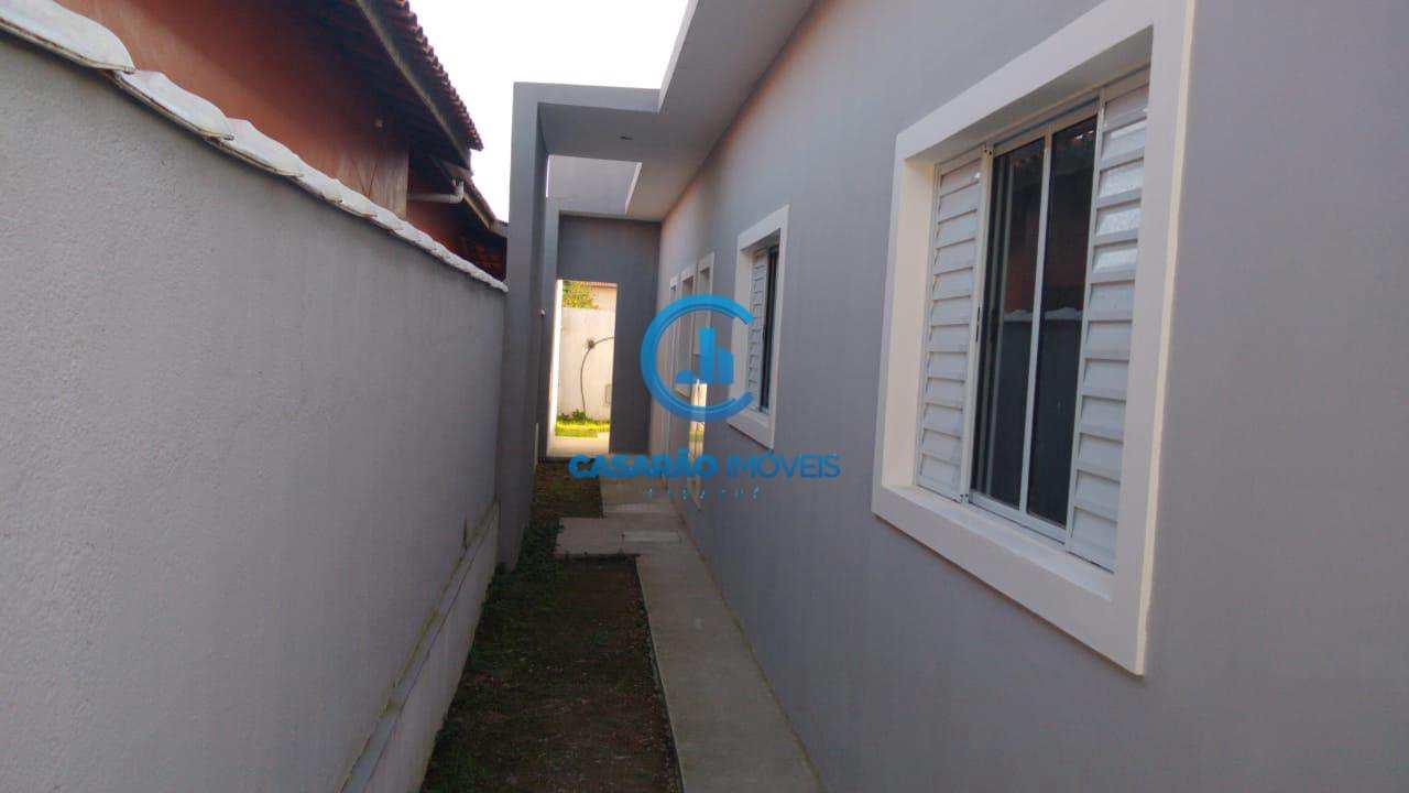 Casa com 2 dorms, Jardim das Palmeiras, Caraguatatuba - R$ 190 mil, Cod: 9104