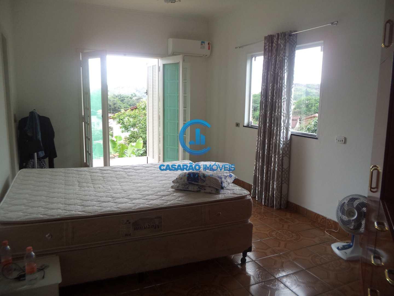 Casa com 3 dorms, Cidade Jardim, Caraguatatuba - R$ 430 mil, Cod: 9138