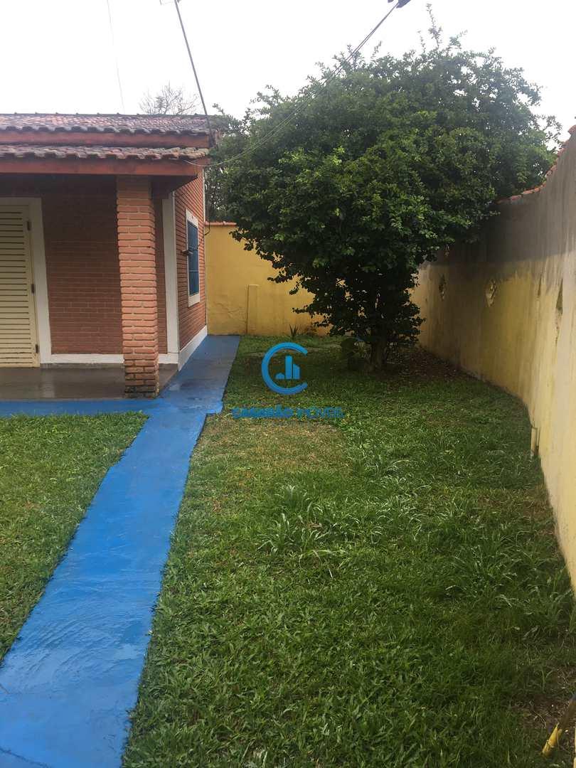 Casa com 2 dorms, Jardim Aruan, Caraguatatuba, Cod: 9138
