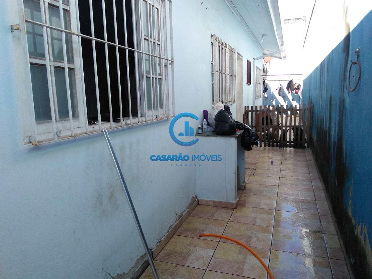Casa com 2 dorms, Jardim Maristela, Caraguatatuba - R$ 200 mil, Cod: 9139