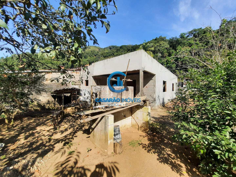 Casa com 2 dorms, Canta Galo, Caraguatatuba - R$ 400 mil, Cod: 9215