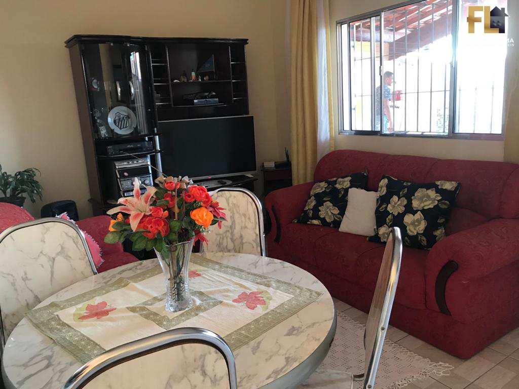Casa em Mongaguá 02 Dormitórios ,02 Vagas Cobertas