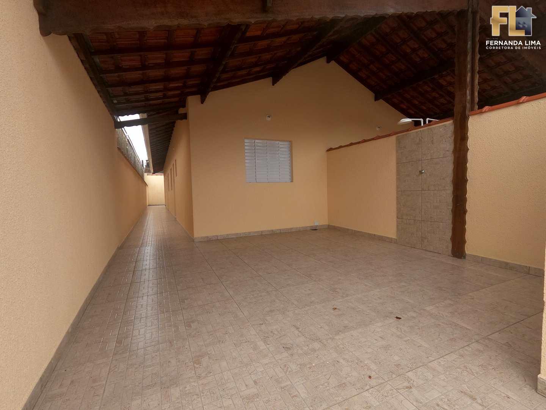 Casa Lado Praia em Mongaguá com 2 dorms/ Suite  e 2 Vagas .
