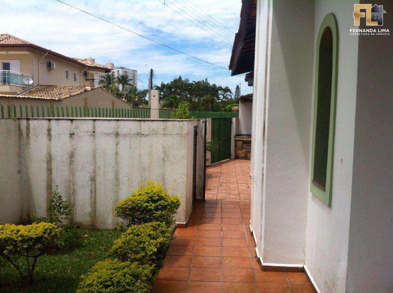 Casa com 3 dorms, Flórida, Praia Grande - R$ 450 mil, Cod: 45122