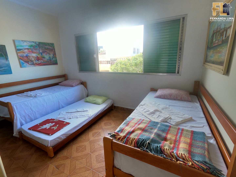 Sobrado com 4 dorms, Jussara, Mongaguá - R$ 750 mil, Cod: 45319