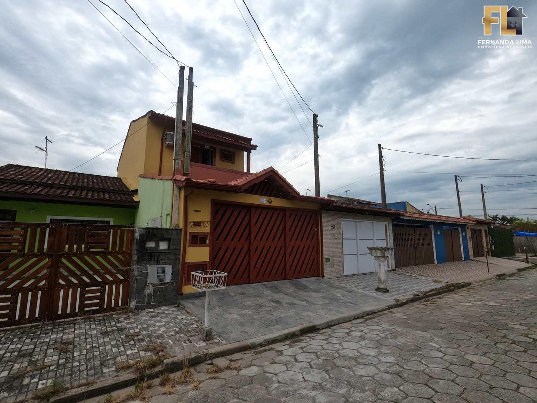 Sobrado com 2 dorms, Balneário Santa Eugênia, Mongaguá - R$ 429 mil, Cod: 45347