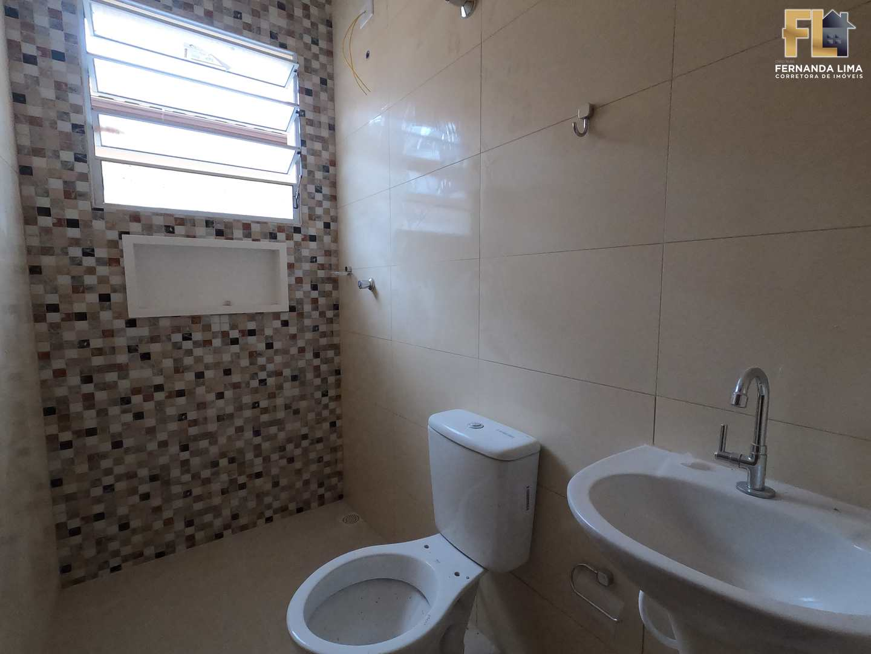 Casa com 2 dorms, Jardim Aguapeu, Mongaguá - R$ 339 mil, Cod: 45396