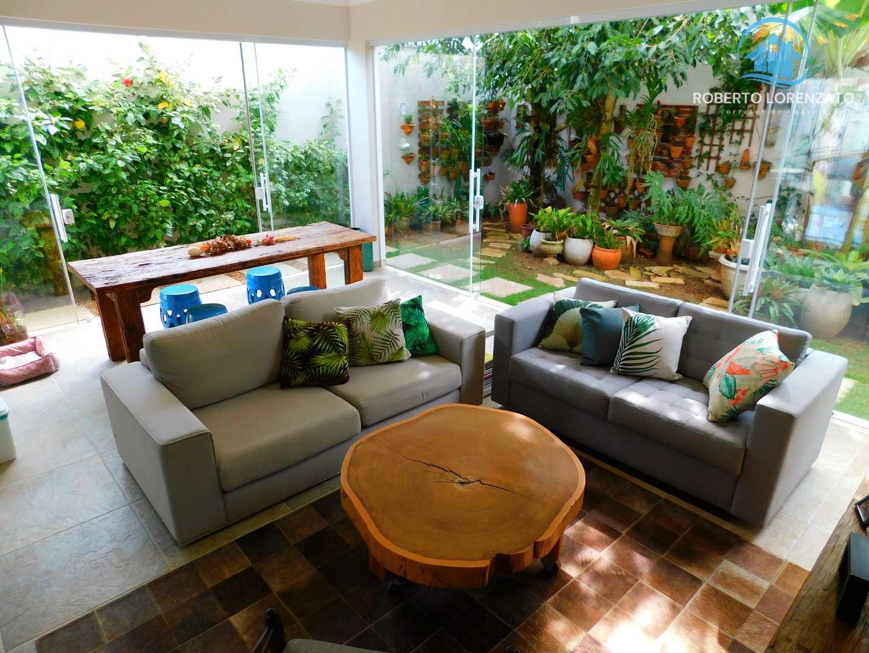 Casa com 4 dorms, Maria Helena Novaes, Peruíbe - R$ 837 mil, Cod: 1367