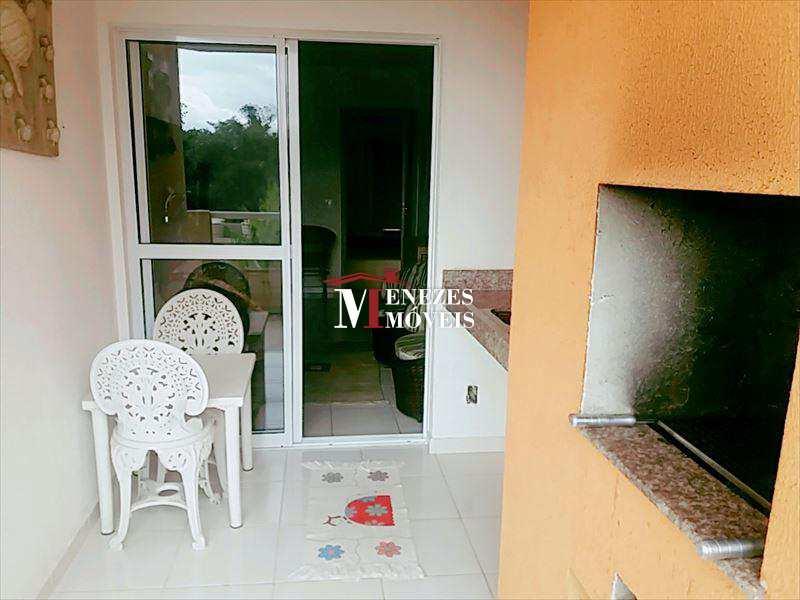 Apartamento em Bertioga bairro Centro