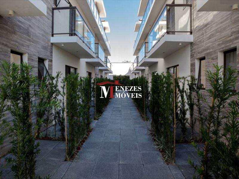Casa a venda em VillagioTriplex em Bertioga Maitinga - Ref. 452
