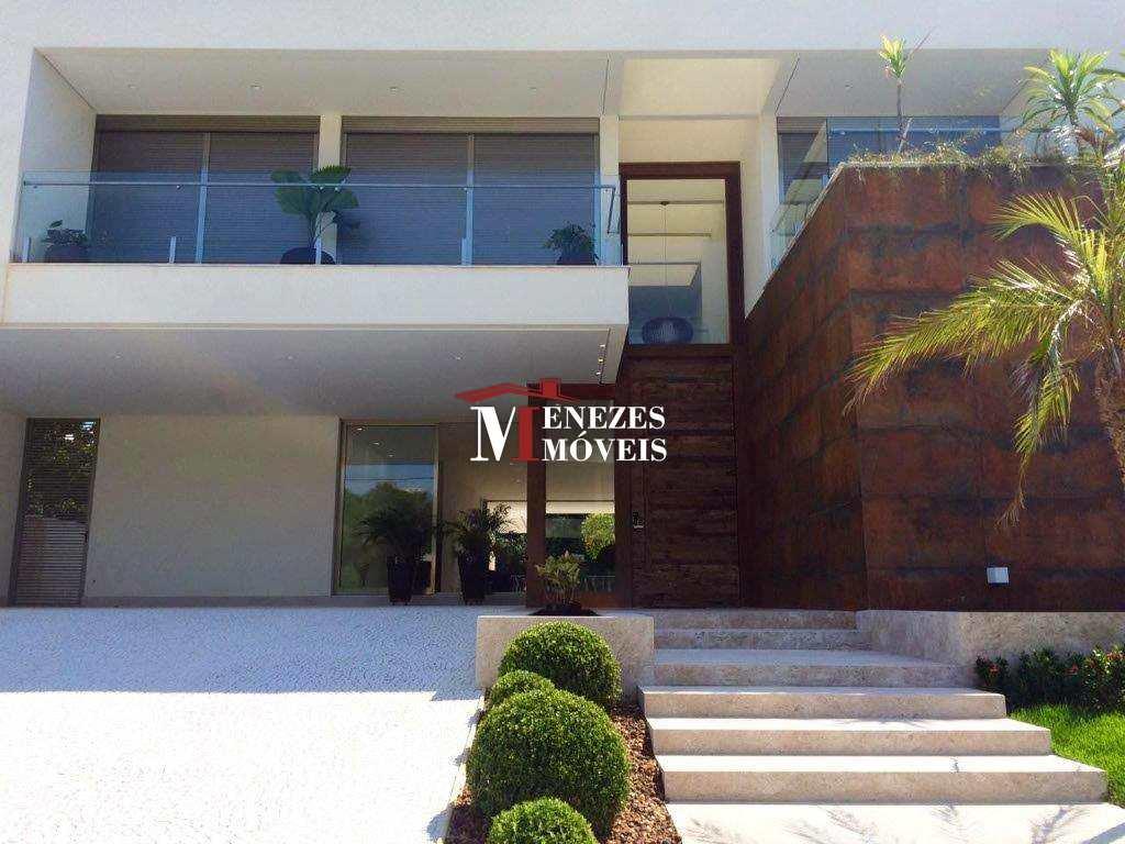 Casa Nova Alto Padrão em Riviera de São Lourenço - Ref. 980