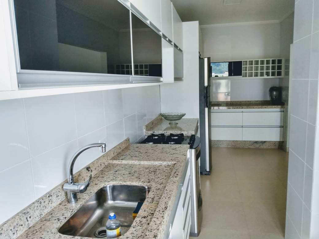 Apartamento com 2 dorms, Centro, Peruíbe - R$ 582 mil